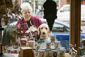 Grand Marais - couple shopping with dog - VCC UL - by Al & Lyndsey Johnson (25)