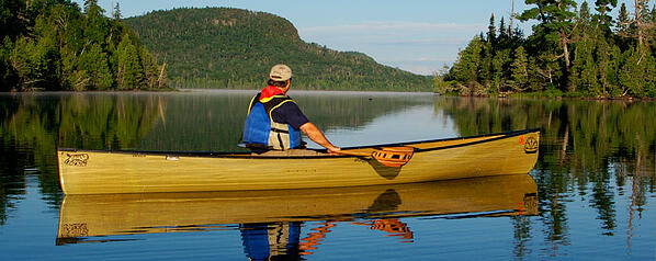 Summer-BWCA-man-canoeing-PS